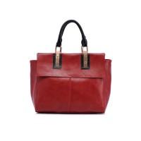 sac à main en cuir linda, rectangulaire couleur bordeaux, vue de face